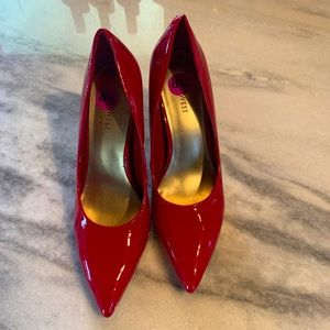 Nine West red high heels NWOT